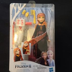BNIB Disney Frozen 2 Anna Hair Styling Doll